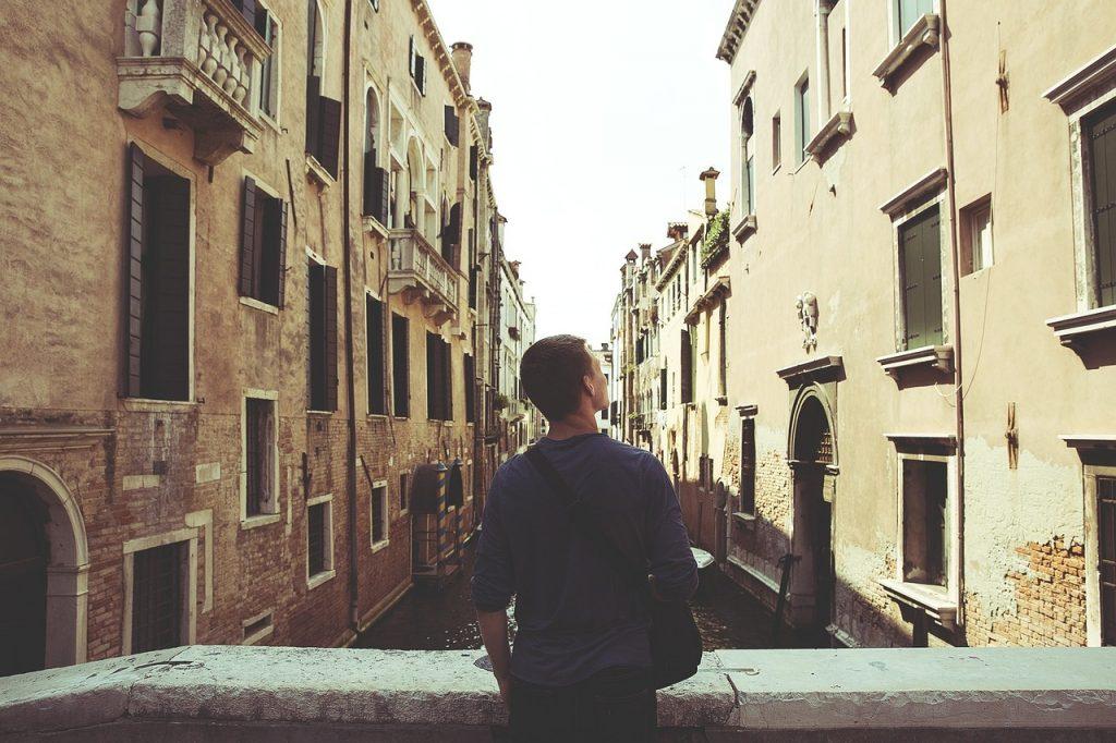 Ferienjobs für Studenten:  Das gilt es steuerlich zu beachten