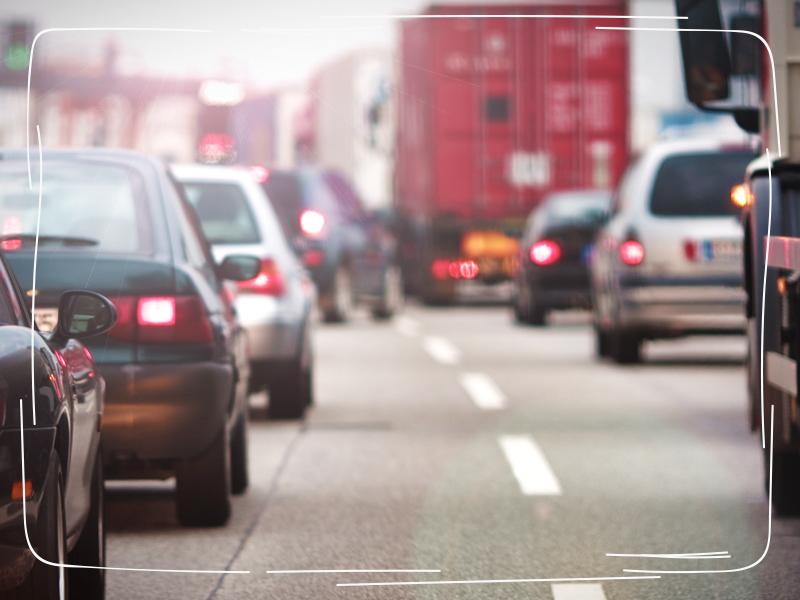 Autos und die Pkw-Maut auf der Straße